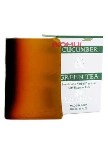 Натуральное мыло-скраб с огурцом, настоем и листьями зеленого чая Khadi (Indian Khadi)