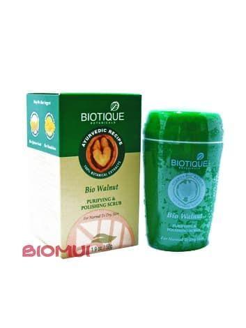 Очищающий скраб для лица с полирующим эффектом Biotique