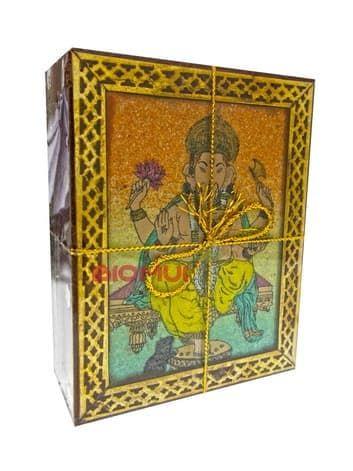 Натуральный индийский черный чай Масала (картина из песка)