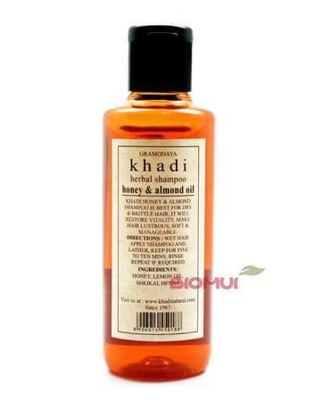 Увлажняющий шампунь для сухих волос с медом и миндалем Khadi