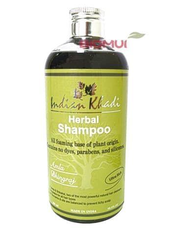 Восстанавливающий шампунь с амлой и белой эклиптой Indian KhadiНатуральный шампунь<br>Этот шампунь состоит из самых сильных индийских трав и экстрактов, направленных на интенсивное восстановление и укрепление волос.<br>