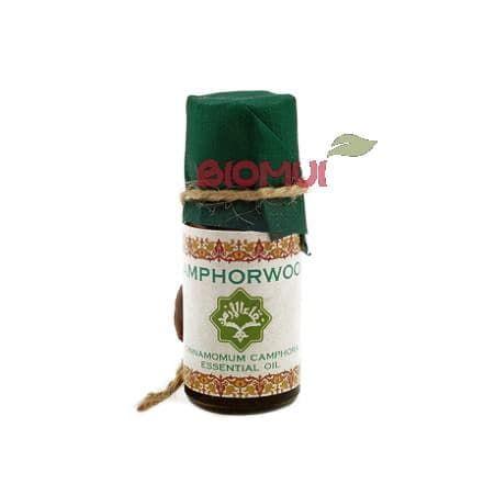 Эфирное масло Хо ZeitunЭфирные масла<br>Открывается аромат яркими и искристыми нотками зелени и травы, а раскрывается терпкими и властными древесными аккордами.<br>