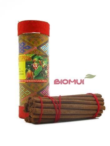 Натуральные травяные благовония Bhutanese HotspringБлаговония<br>В их состав вошли удивительные травы, корения и смолы, которые подарили им тонкий ненавязчивый аромат – цветочный или древесный. Эти благовония обладают высочайшим качеством и доступной ценой, что делает их желанным гостем в каждом доме.<br>