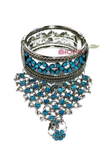 Панжа-браслет серебряный с кольцом (украшен голубыми стразами)