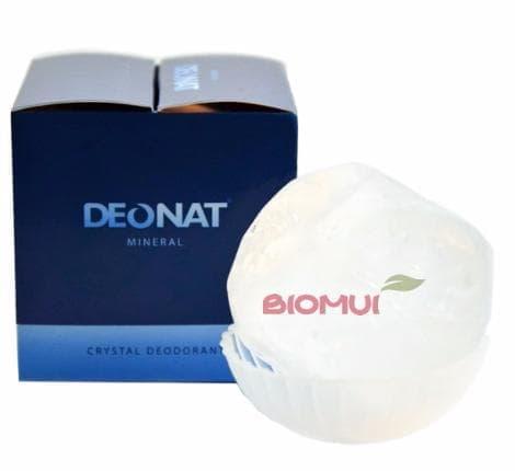 Натуральный квасцовый дезодорант Deonat (на подставке, в подарочной упаковке)Дезодорант<br>Обточенный дезодорант на основе алюмоаммониевых квасцов – лучший помощник для борьбы с излишней потливостью, дискомфортным ощущением влажности и неприятным запахом тела. К тому же, срок использования такого «кристалла» в несколько раз превышает длител...<br>
