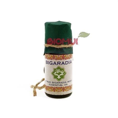 Эфирное масло бигардии (померанца) ZeitunЭфирные масла<br>Аромат бигардии мгновенно поднимает настроение. Само масло прекрасно выравнивает и освежает кожу.<br>