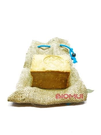 Традиционное оливково-лавровое мыло чистое «Ya Lubnan»Мыло<br>Традиционное оливково-лавровое мыло чистое  Ya Lubnan  создано вручную из натуральных масел высшего качества. Возраст каждого куска мыла варьируется от 3 до 3,5 лет.<br>