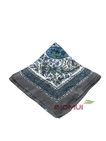 Шелковый платок с индийским принтом (серый)