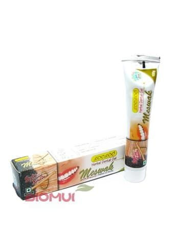 Растительная зубная паста с мисваком и черным тмином KhojatiГигиена полости рта<br>Растительная зубная паста с мисваком и черным тмином Khojati прекрасно отбеливает зубы, не повреждая эмаль, а наоборот способствуя ее уплотнению.<br>