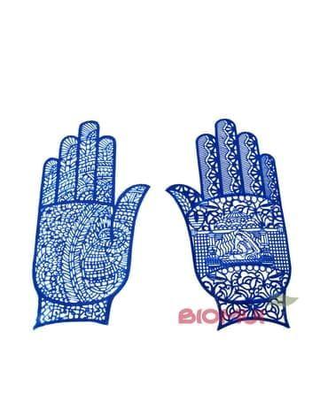 Трафарет для менди самоклеющийся для кисти рукиТрафарет для менди<br>Трафарет для менди самоклеющийся для кисти руки создан из прочного и эластичного резинового материала. Узоры в ассортименте. Цена указана за одну штуку.<br>