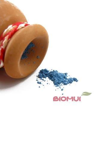 Минеральные тени для век из хризоколла «East Magic»Тени для век<br>Нежный васильково-голубой цвет теней будет прекрасным завершающим штрихом, особенно в макияже златовласок и светловолосых красавиц.<br>