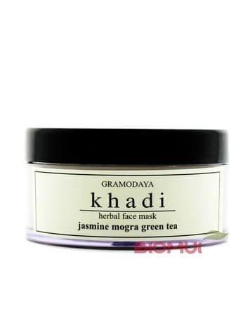 Глубокоочищающая маска для лица с жасмином и зеленым чаем KhadiМаска<br>Этот натуральный продукт предназначен для глубокого очищения кожи любого типа. Маска на основе жасмина и зелёного чая со 100% натуральным составом освобождает поры от различных загрязнений, увлажняет и тонизирует кожу, а также придает ей ухоженный вид...<br>